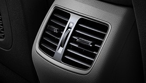 Rear cabin ventilation